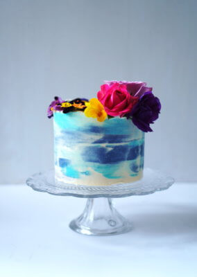 Learn How To Decorate Cakes